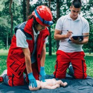 How AED and CPR Training Go Hand-In-Hand